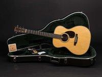 Martin Guitars OM-28