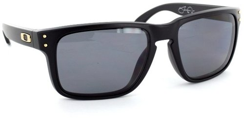 Oakley Holbrook OO 9102-17 (matte black/grey polarized)