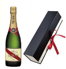 Mumm Champagner Cordon Rouge mit Geschenkfaltschachtel 0,75l