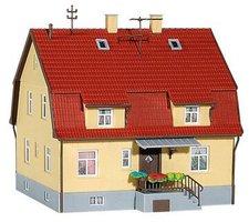 Kibri Wohnhaus mit Mansarde (8160)