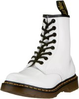 Dr. Martens 1460 white patent lamper